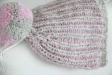 Knitting pattern: Womens brioche hat